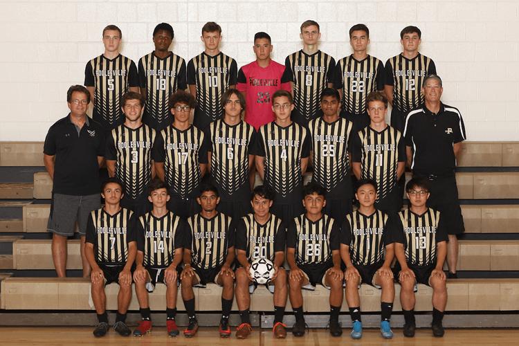 boys varsity soccer team picture